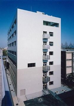 生命資源研究・支援センターアイソトープ総合施設、遺伝子実験施設