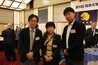 19 熊杏会・保健学科H.JPG